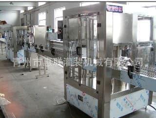 高精度白酒灌装机酒水灌装机